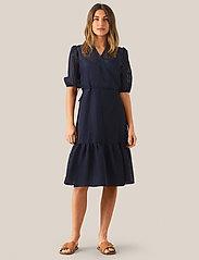 Second Female - Vilda Dress - korta klänningar - navy - 0