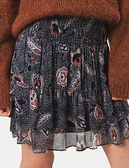 Second Female - Geo Skirt - korta kjolar - caviar - 3
