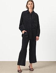 Second Female - Boyas New Trousers - bukser med brede ben - black - 0