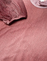 Second Female - Pleated dress in a beautiful shimmery polyester  mix quality - aftenkjoler - dusty rose - 2