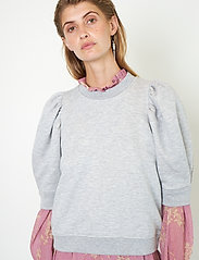 Second Female - Dawni Sweat Tee - stickade toppar - grey melange - 4