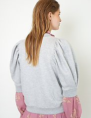 Second Female - Dawni Sweat Tee - stickade toppar - grey melange - 6