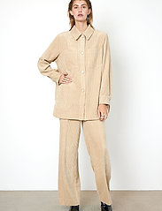 Second Female - Boyas Classic Trousers - vida byxor - humus - 4
