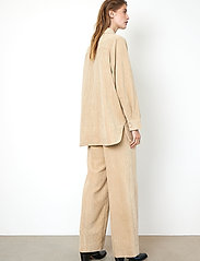 Second Female - Boyas Classic Trousers - vida byxor - humus - 5