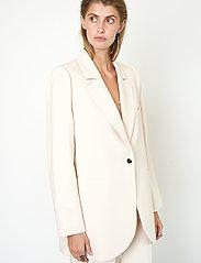 Second Female - Evie New Blazer - oversize kavajer - brazilian sand - 4