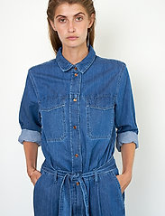 Second Female - Ingrid Jumpsuit - kläder - blue denim - 3