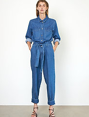 Second Female - Ingrid Jumpsuit - kläder - blue denim - 5