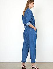 Second Female - Ingrid Jumpsuit - kläder - blue denim - 6