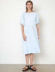 Second Female - Leah Dress - sommarklänningar - brunnera blue - 5