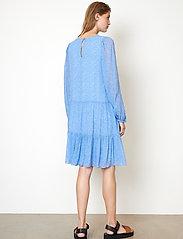 Second Female - Mano Dress - sommarklänningar - blue bonnet - 6