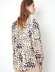 Second Female - Amur Shirt - långärmade blusar - cement - 5