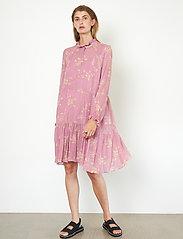 Second Female - Mories Dress - sommarklänningar - lilas - 0