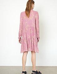 Second Female - Mories Dress - sommarklänningar - lilas - 7