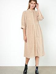 Second Female - Zelda Dress - vardagsklänningar - tuscany - 7