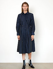Second Female - Calypso Coat Dress - vardagsklänningar - deep well - 0