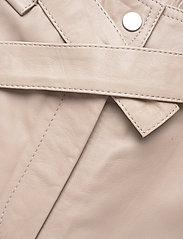 Second Female - Indie Leather New Trousers - læderbukser - humus - 3