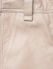 Second Female - Indie Leather New Trousers - læderbukser - humus - 4