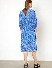 Second Female - Dayly Dress - sommarklänningar - deep ultramarine - 6