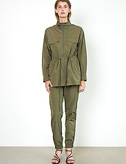 Second Female - Season New Track Trousers - raka byxor - olive night - 4