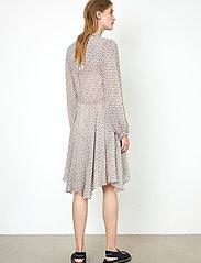 Second Female - Lacing Dress - vardagsklänningar - cement - 6