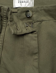 Second Female - Terry Trousers - casual byxor - olive night - 4