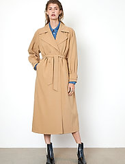 Second Female - Silvia New Trenchcoat - trenchcoats - tiger`s eye - 0