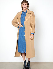 Second Female - Silvia New Trenchcoat - trenchcoats - tiger`s eye - 6