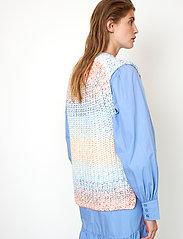 Second Female - Elsa Knit Vest - stickade västar - brunnera blue - 5