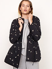 Second Female - California Quilt Jacket - quiltade jackor - black - 3