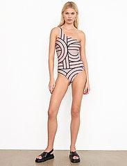 Second Female - Nordhavn One-shoulder Swimsuit - baddräkter - bark - 0