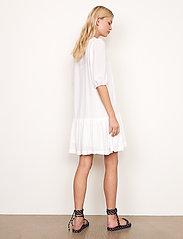 Second Female - Tara Dress - sommarklänningar - bright white - 6