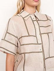 Second Female - Laval Shirt - kortärmade skjortor - parchment - 3