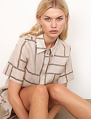 Second Female - Laval Shirt - kortärmade skjortor - parchment - 4