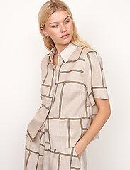Second Female - Laval Shirt - kortärmade skjortor - parchment - 5