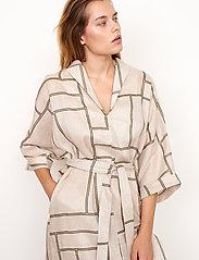 Second Female - Laval Dress - sommarklänningar - parchment - 5