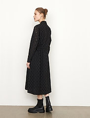 Second Female - Thelma Dress - spetsklänningar - black - 5