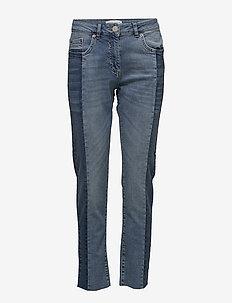 Nala MW Jeans - LIGHT BLUE DENIM