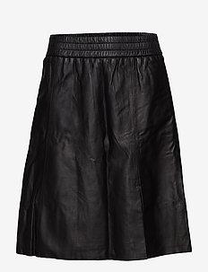 Melvin Leather Skirt - BLACK