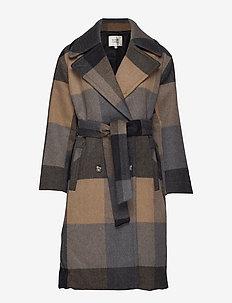 Isak Coat - BLACK