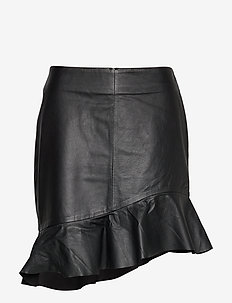 Scout MW Leather Skirt - BLACK