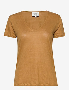 Peony SS V-Neck Tee - t-shirts - golden brown
