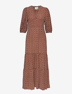 Sandra Dress - maxi sukienki - marmalade