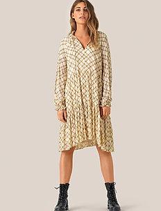 Katt LS Midi Dress - midi kjoler - creme de peche