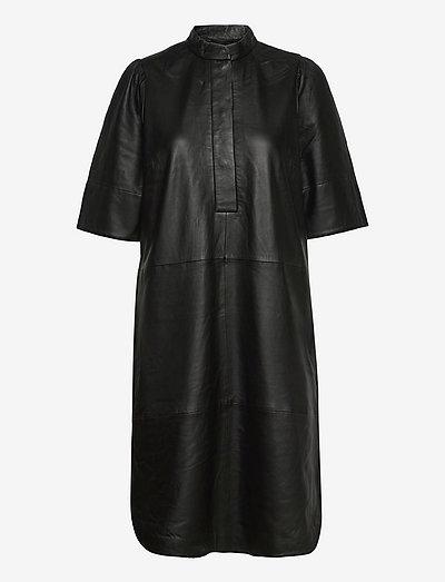Indie Leather New Dress - hverdagskjoler - black