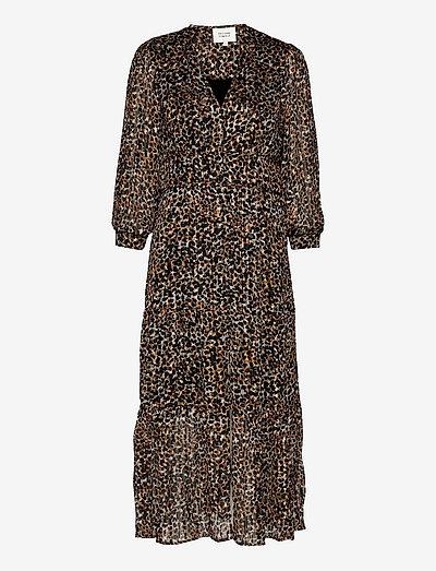 Erna Fitted Dress - sommerkjoler - burnt olive