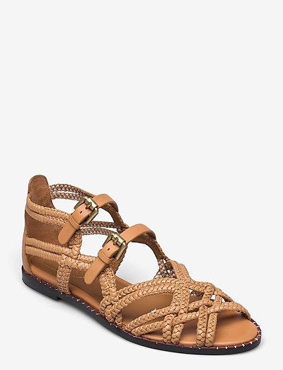 KATIE - flache sandalen - grano-natural