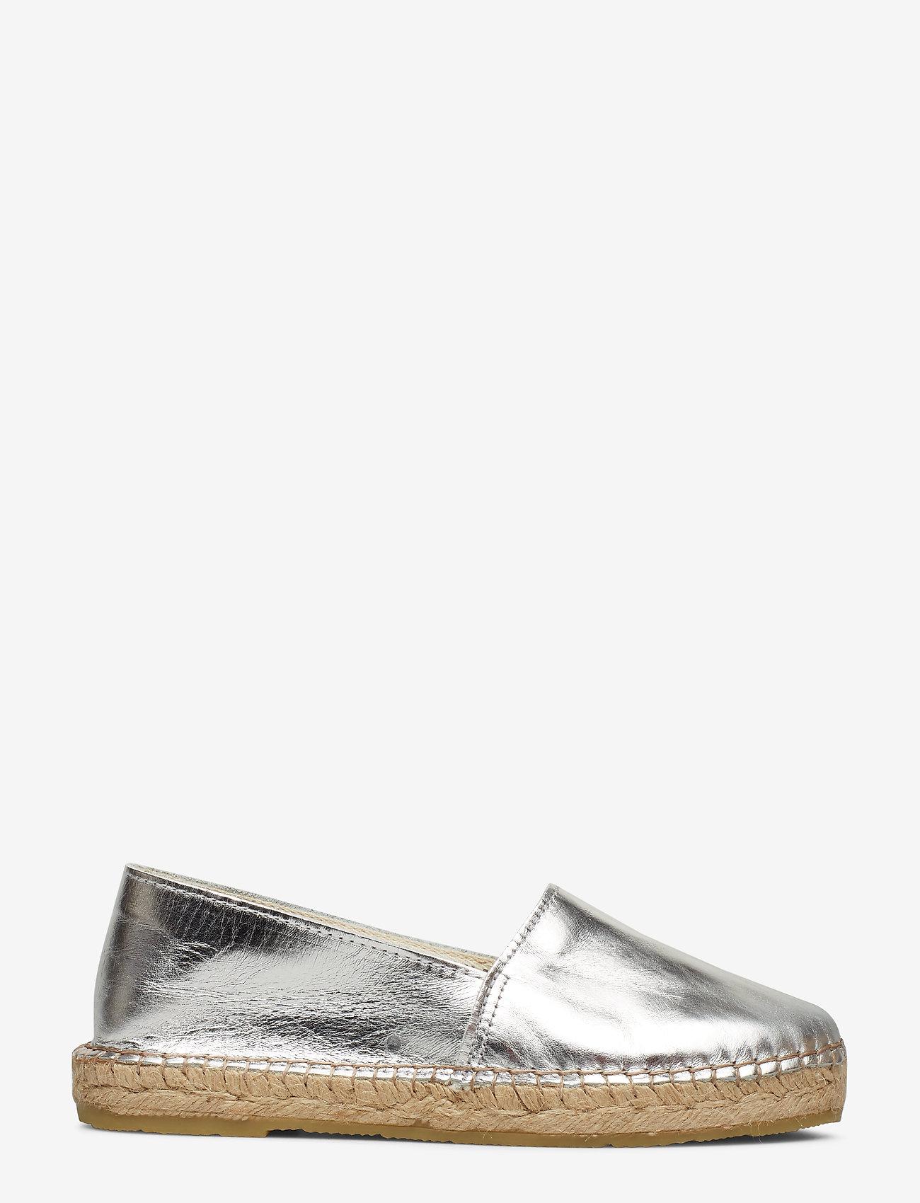 Selected Femme - SLFMARIE METALLIC ESPADRILLES B - flade espadrillos - silver - 1