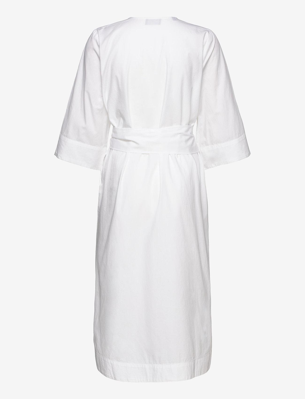 Selected Femme - SLFCARLOTTA 3/4 MIDI KAFTAN DRESS B - robes midi - snow white - 1