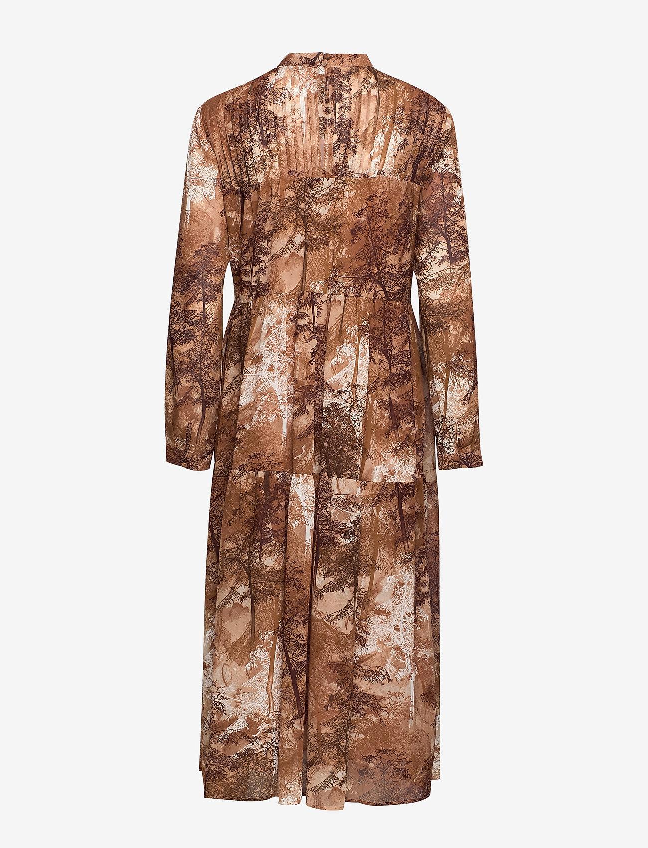 Selected Femme - SLFFOREST-SPILLE LS DRESS EX - robes chemises - thrush - 1