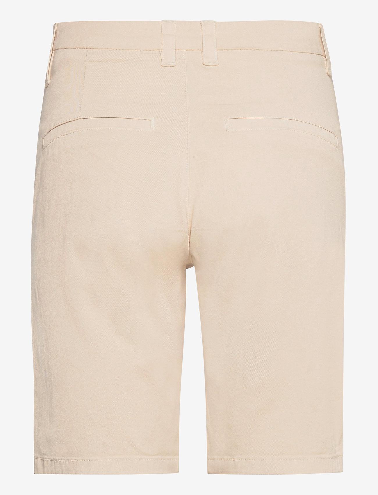Selected Femme - SLFMILEY MW  SHORTS U - chino shorts - birch - 1